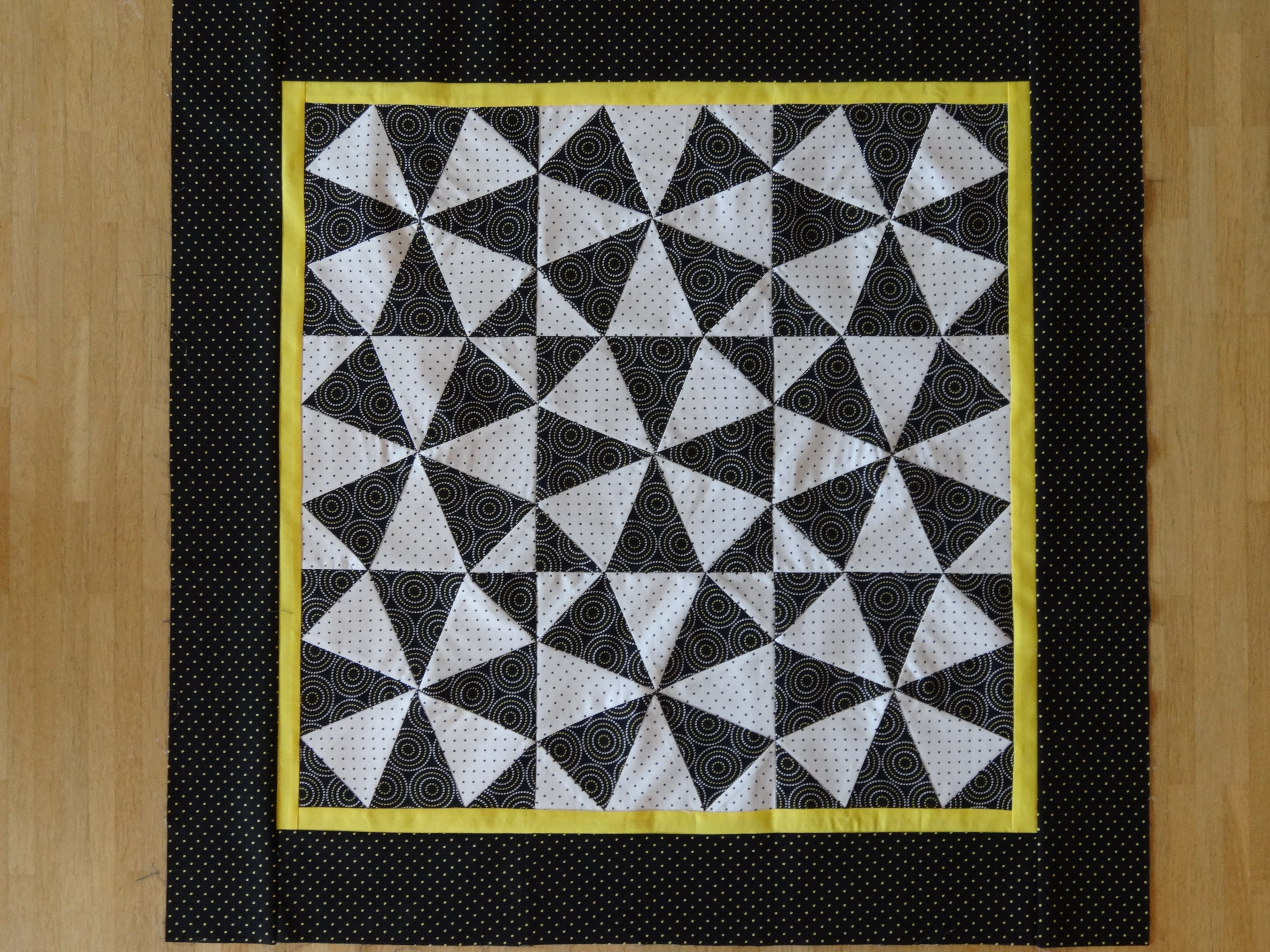 lap quilt | Lynne Pusscat - Quilting Junkie : quilt in a weekend - Adamdwight.com